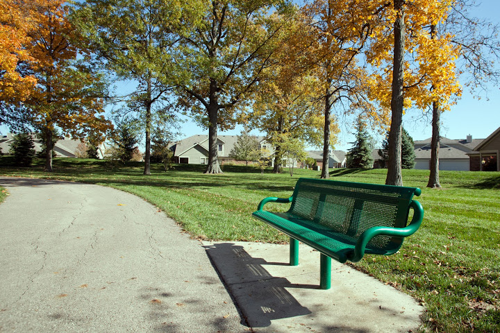 Powell Ohio Park Bench